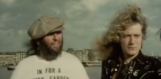 Peter Grant e Robert Plant adiantando o filme do Led Zeppelin na TV