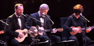 Orquestra de ukuleles da Grã-Bretanha relê Heroes, de David Bowie