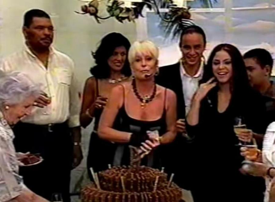 Vai fazer vinte anos que Ana Maria Braga juntou Maguila, Sharika e Palmirinha na TV