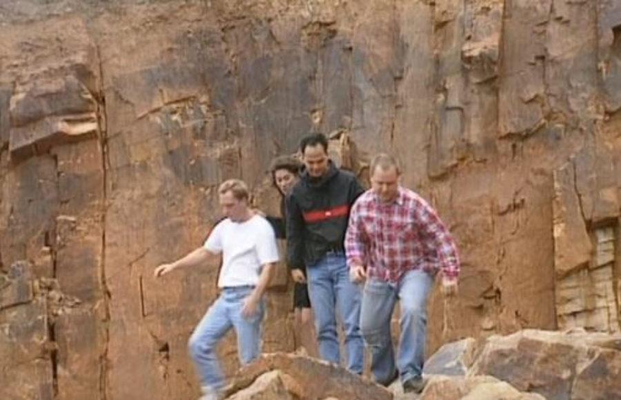 Quando os Pixies avacalharam tudo com o clipe de Velouria
