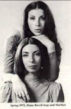 American Spring: a mulher e a cunhada de Brian Wilson, produzidas pelo próprio