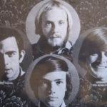 """""""Nosso baterista sempre toca pelado"""" e outros hits bem estranhos da The West Coast Pop Art Experimental Band"""