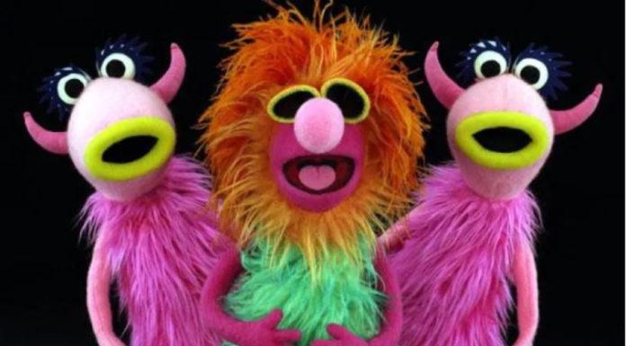 """""""Mahna Mahna"""", era tema de um filme de mulher pelada antes de virar música dos Muppets"""