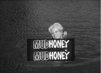 Jogaram no YouTube o filme de Russ Meyer que inspirou o nome da banda Mudhoney