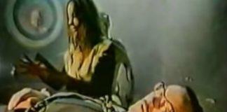 Alan Whicker: um documentário sobre porque é que todo mundo gosta de terror