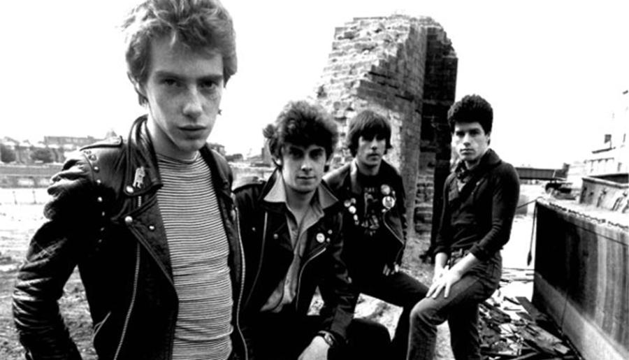 Stiff Little Fingers: metendo o pau na própria gravadora na canção