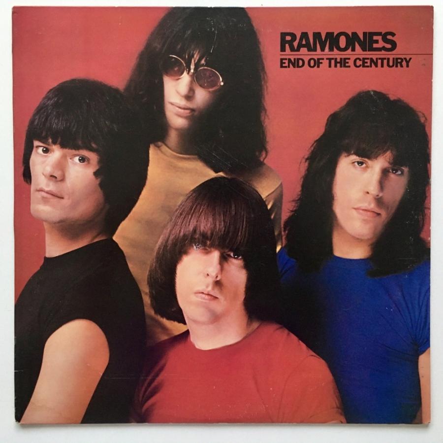 Várias coisas que você já sabia sobre End Of The Century, disco dos Ramones