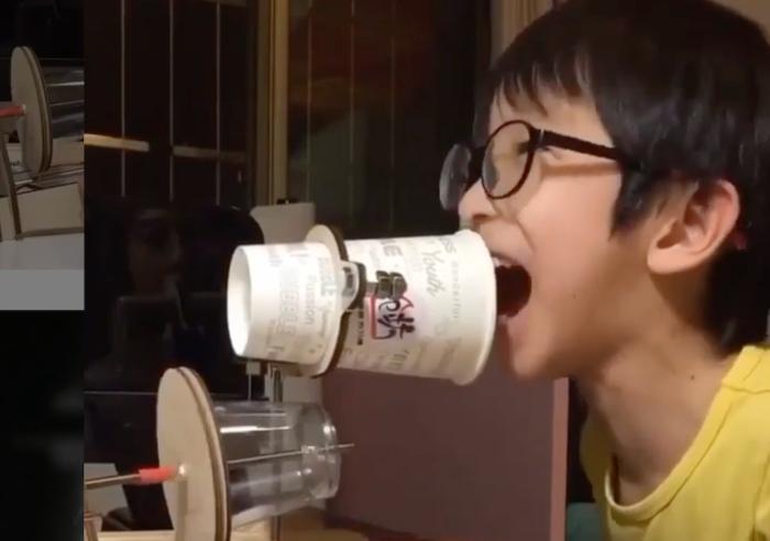 Gravando voz num copo de vidro com um microfone de copo de papel (!)