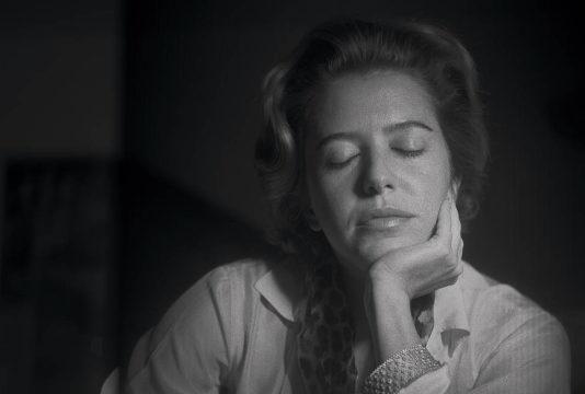 """Hilda Hilst falando com mortos no """"Fantástico"""""""