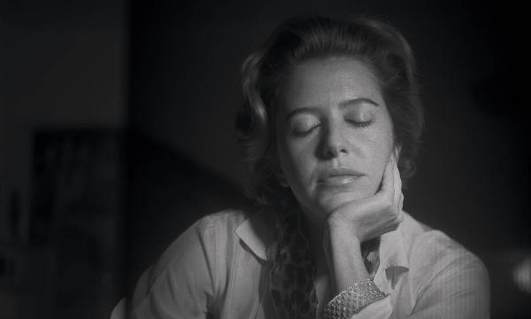 Hilda Hilst falando com mortos no