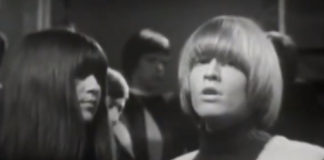"""Rolling Stones fazendo mímica de """"I got you, babe"""", de Sonny & Cher"""