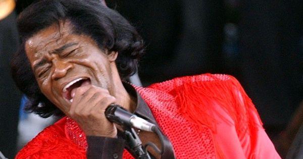 Quando James Brown foi dono de estações de rádio