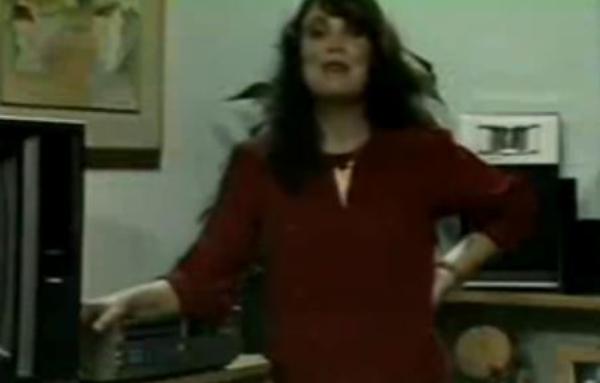 Quando Regina Duarte gravou videomanual de instruções do videocassete Sharp