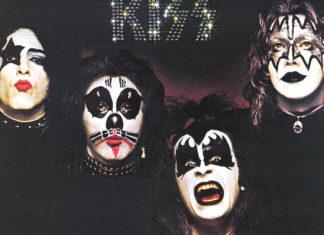 A polêmica da capa do primeiro disco do Kiss