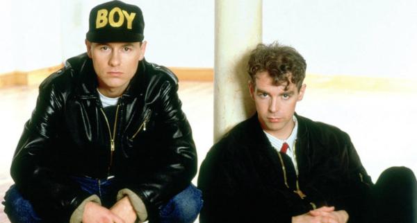 Zoando na TV: Pet Shop Boys morrendo de rir por causa (?) do Modern Talking
