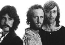 The Doors cantando Love Me Two Times sem Jim Morrison: aprovado?