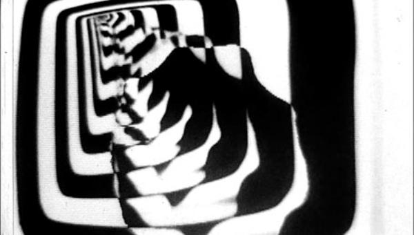Um curta de 1981 com trilha do Cabaret Voltaire