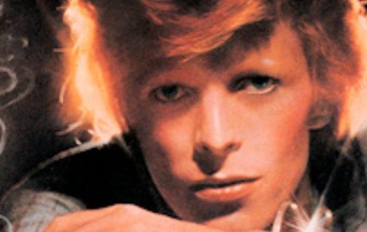 Ué, seis meses pra fazer a capa do Young Americans, do David Bowie?