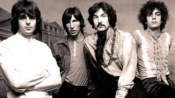 """Quando o Pink Floyd se dividia entre """"Atom heart mother"""" e a estreia solo de Syd Barrett"""