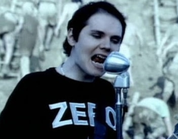 O rolê da camisa Zero de Billy Corgan (Smashing Pumpkins)