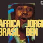 """O mistério de """"África Brasil"""" (e de Jorge Ben) em livro"""