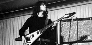 O músico que saiu do Fleetwood Mac para entrar num culto religioso