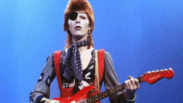 A versão diferente de Rebel Rebel, do David Bowie