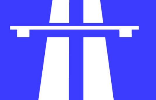Uma viagem de carro pela Inglaterra ao som de Autobahn, do Kraftwerk