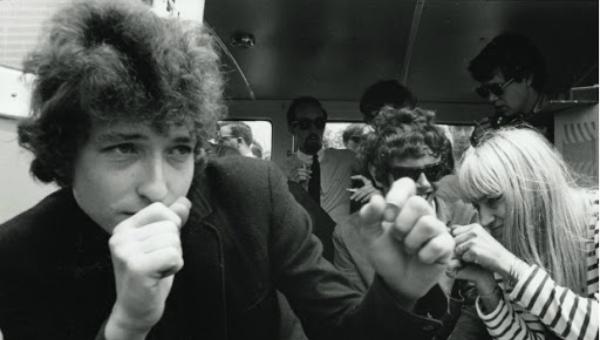 O estudante de ciências que passou maus bocados com Bob Dylan em Dont look back