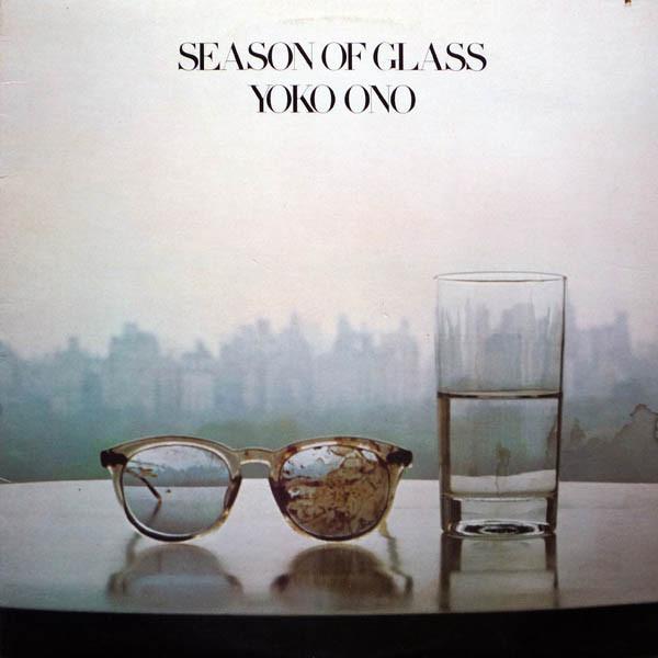 Yoko Ono e o primeiro disco lançado após a morte de John Lennon